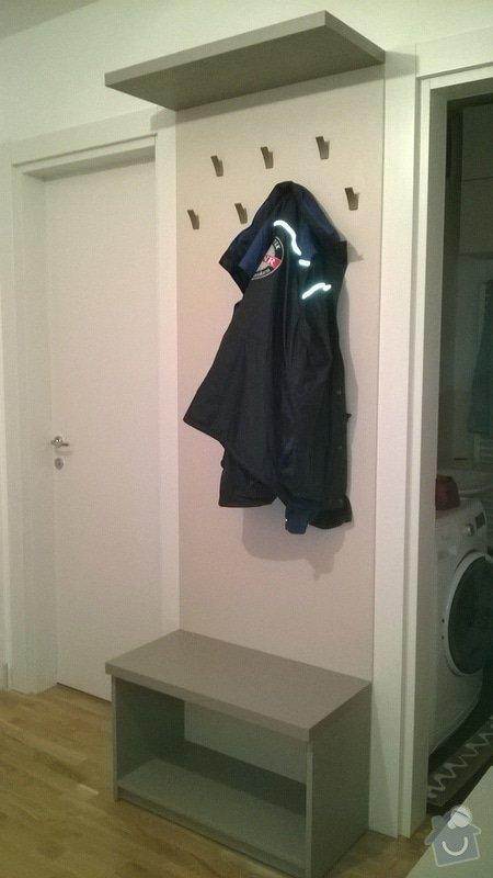 Předsíňová sestava nábytku s posuvnými dveřmi: Predsin_5_
