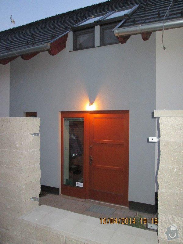 Stříšky nad vstupní dveře: IMG_0197