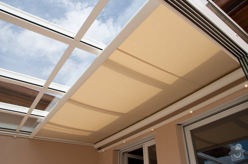 Prosklená terasa Weinor Glasoase s markýzou pod střechou: ref_9_22