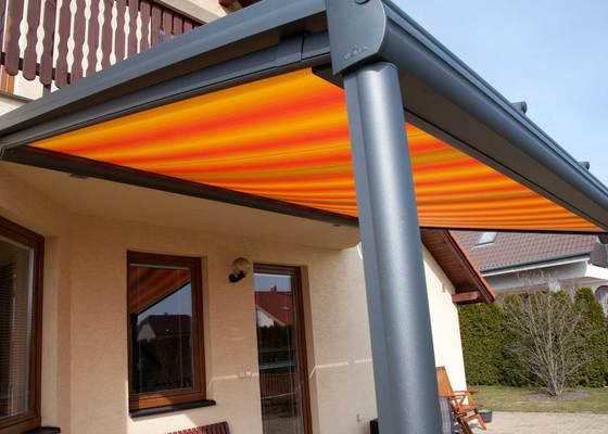 Zastřešení terasy s prosklenou střechou a markýzou