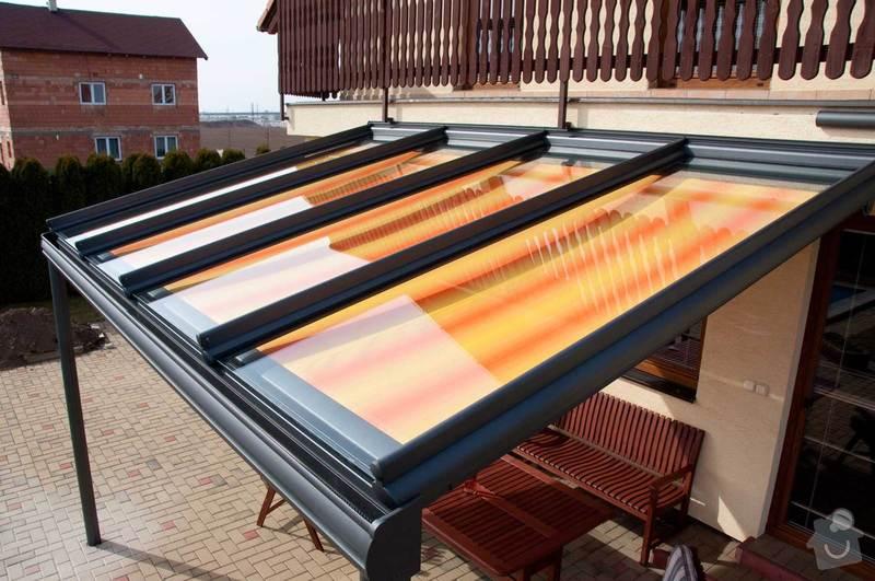 Zastřešení terasy s prosklenou střechou a markýzou: ref_8_13