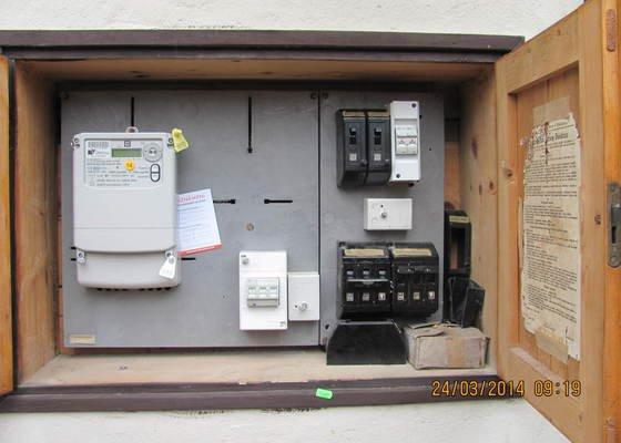 Připojení elektřiny - revizi rozvaděče