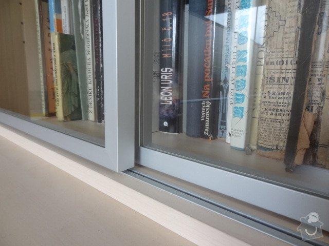 Zhotovení knihovny z lamina a jednoduchý noční stolek: hlinikovy_ramecek1