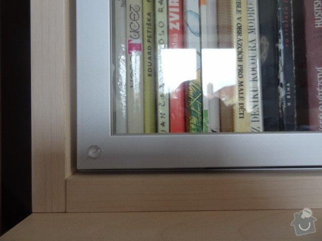 Zhotovení knihovny z lamina a jednoduchý noční stolek: hlinikovy_ramecek2