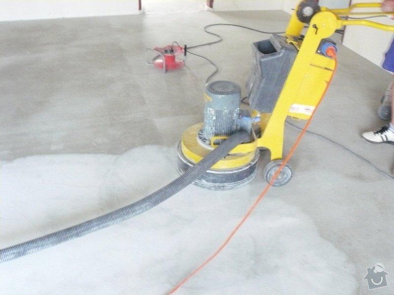 Zhotovení finální podlahy cementovým potěrem: stroje3