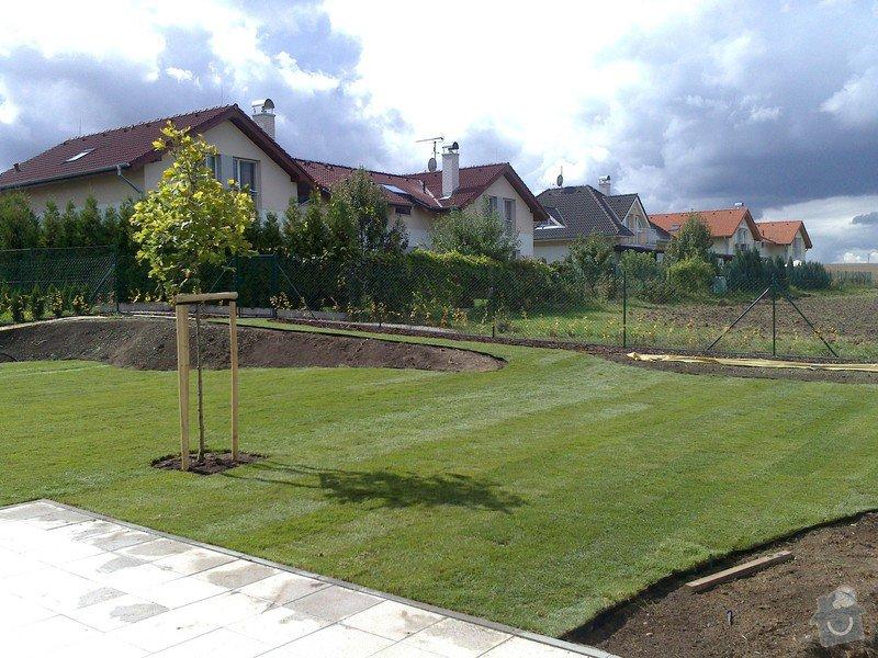 Založení trávníku 320m2 (výsev nebo pokládka koberce): 2013-09-12_12.30.50