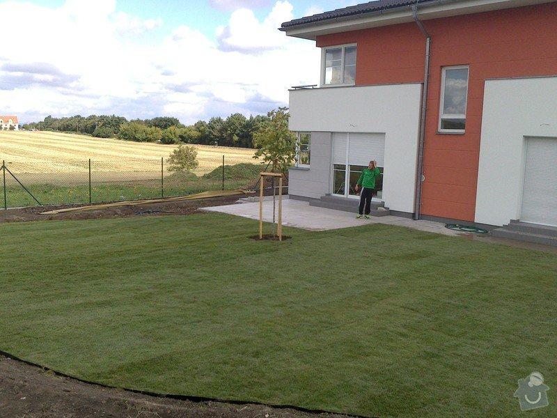 Založení trávníku 320m2 (výsev nebo pokládka koberce): 2013-09-12_12.33.04