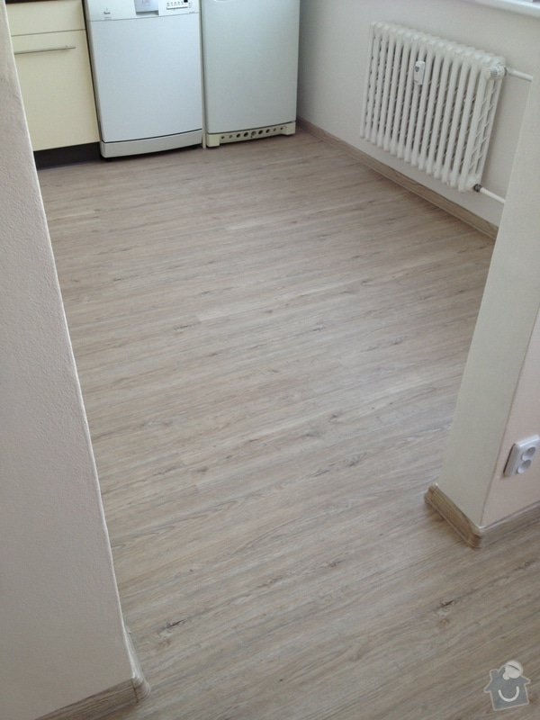 Pokládka vinyl podlahy : IMG_2113