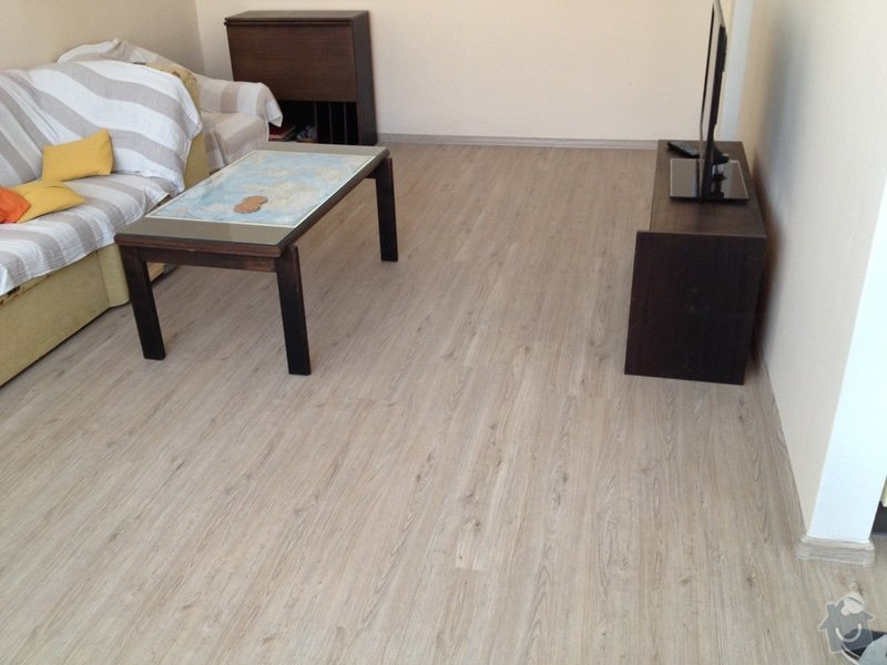 Pokládka vinyl podlahy : IMG_2118