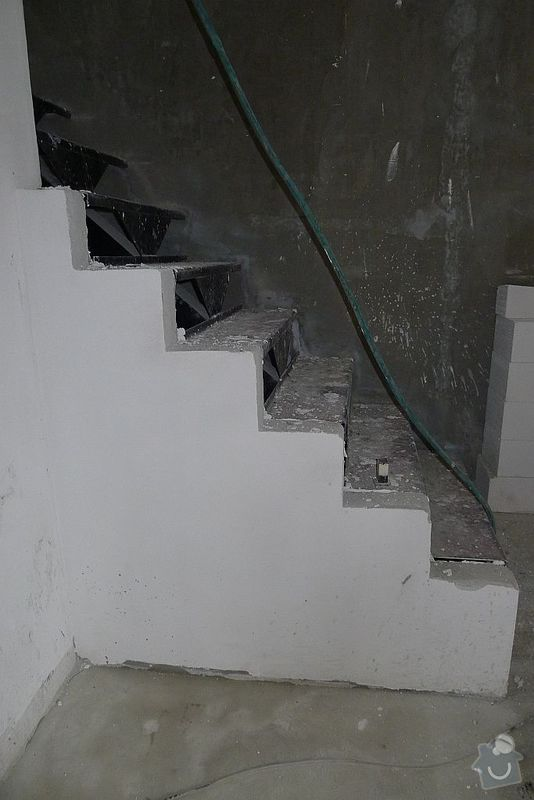 Vybavení interiéru RD - podlahy, dveře, schody: schody_005