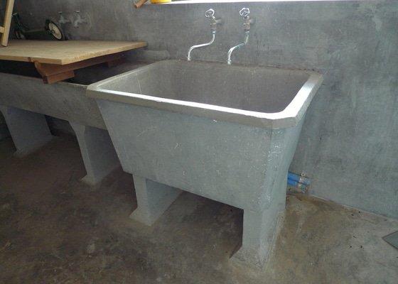 Vyklizení prádelny, zbourání betonových nádrží