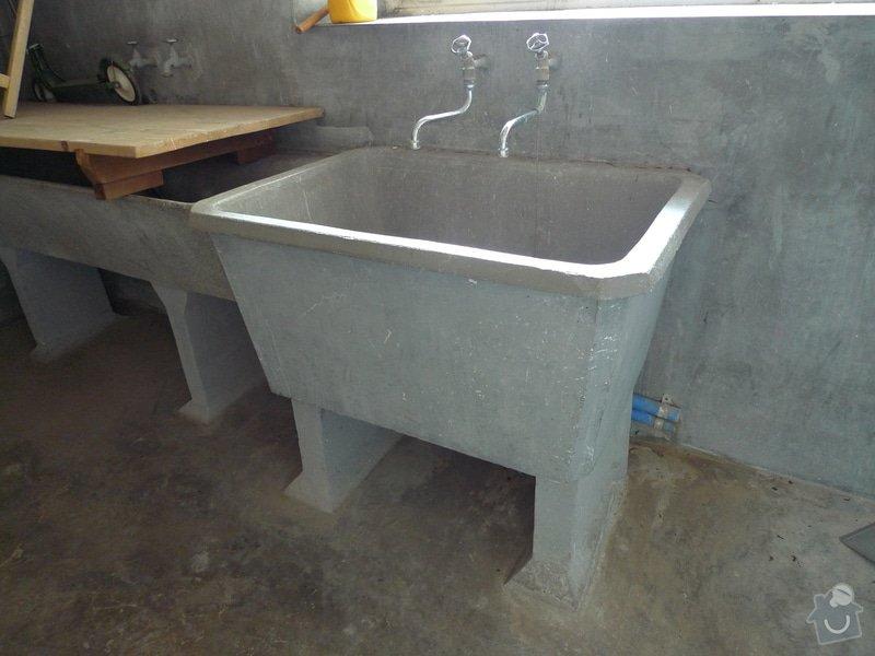 Vyklizení prádelny, zbourání betonových nádrží: P1150146