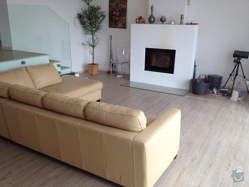 Broušení betonu, vyrovnání podlah samonivelační stěrkou, položení vinylové plovoucí podlahy: IMG_2051