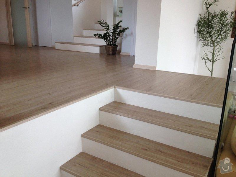 Broušení betonu, vyrovnání podlah samonivelační stěrkou, položení vinylové plovoucí podlahy: IMG_2055