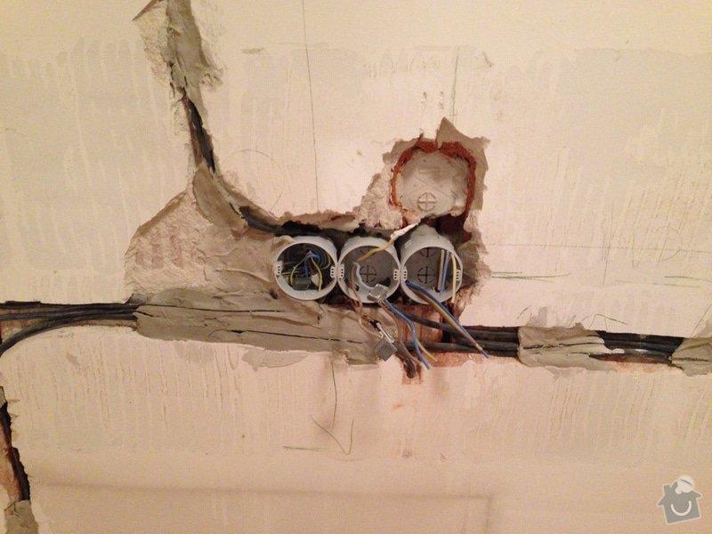 Oprava stěny po zasekání nové elektriky: IMG_0750