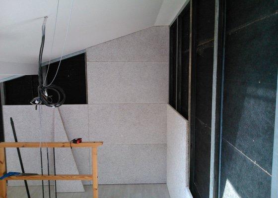 Zvukově pohltivá předsazená stěna