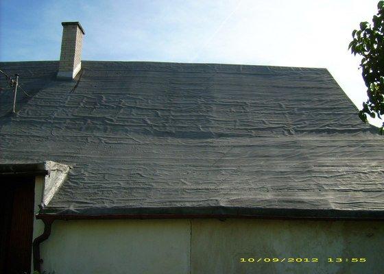 Nástřik nepochůzí sedlové asfaltové střechy