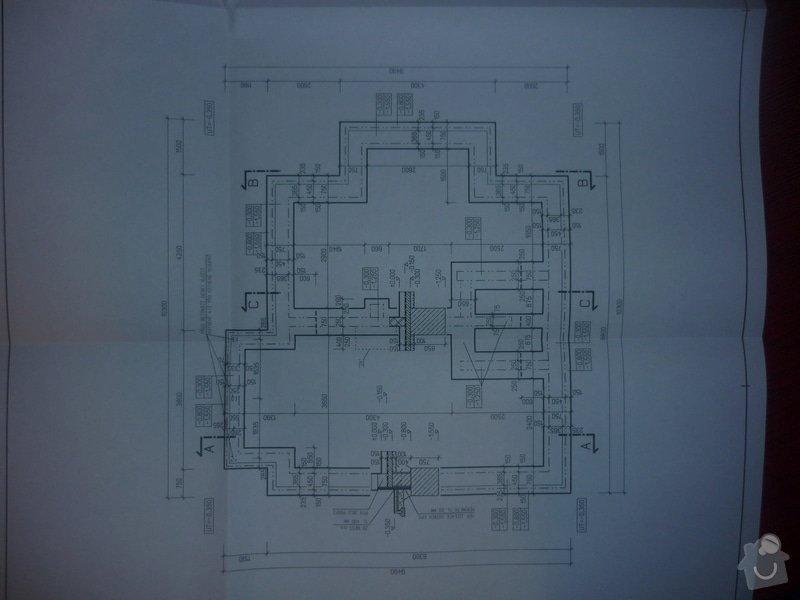 Dodávku samonivelačního betonu a štěrku pro základy domu: P1040882