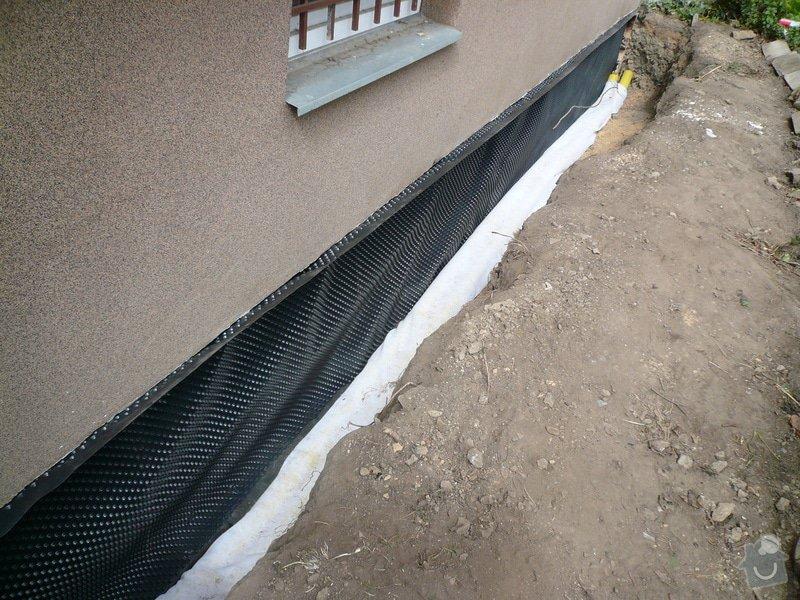 Izolace základu panelového domu: P1100644