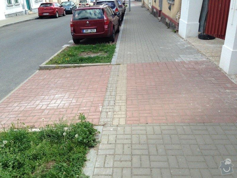 Uprava chodniku ze zamkove dlazby: uprava_chodniku_detail