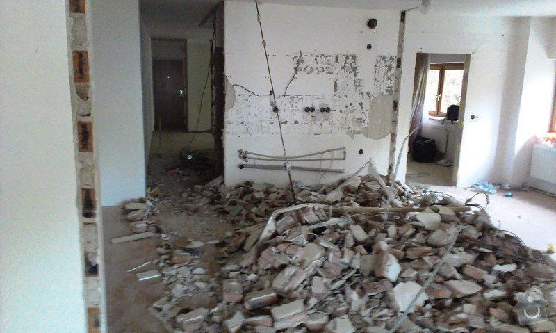 Rekonstrukce bytu 4+ kk, (110 m2 ): IMAG0459