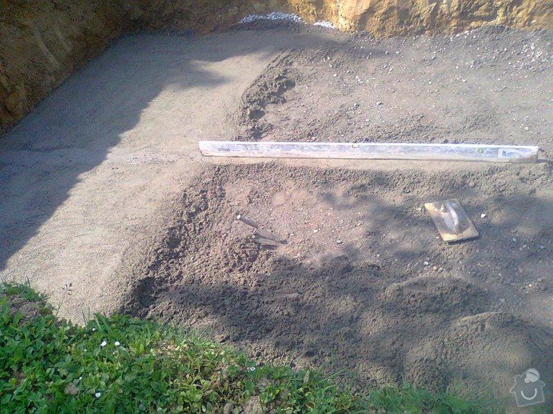 Zhotovení betonové desky pod bazén: Fotografie0048_001