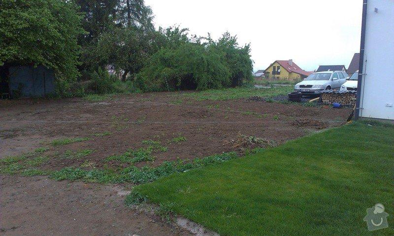 Zorání zahrady: IMAG1873_1_