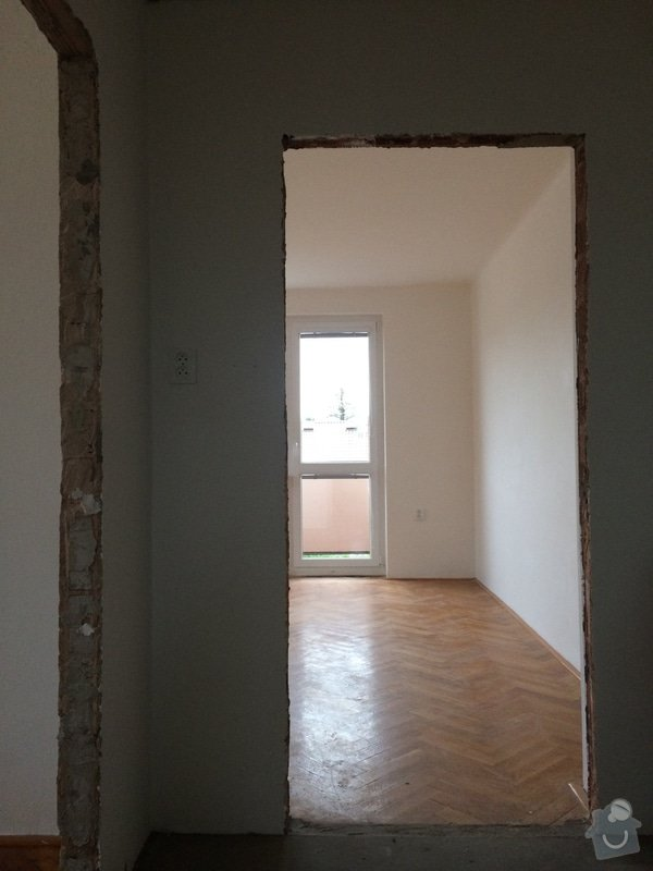 Montáž 7 dveří včetně zárubní: IMG_2637