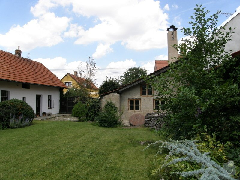 Úprava a revitalizace zahrady po dokončené rekonstrukci domu: P8010127