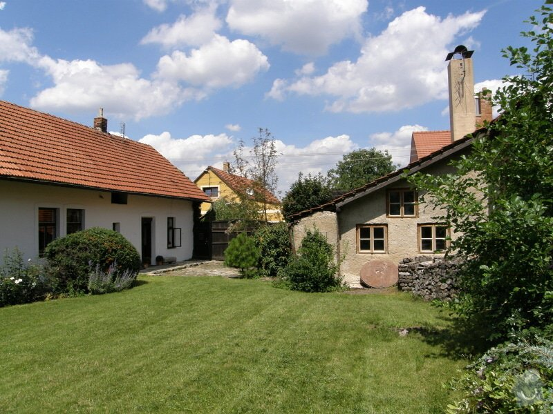 Úprava a revitalizace zahrady po dokončené rekonstrukci domu: P8010139