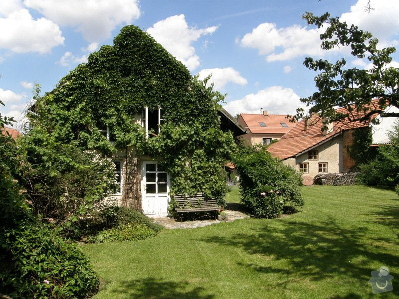 Úprava a revitalizace zahrady po dokončené rekonstrukci domu: P8010142