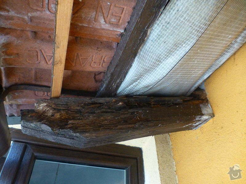 Oprava střechy u přístavby domu: P1180279