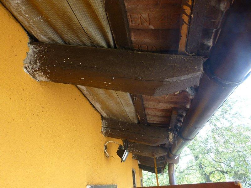 Oprava střechy u přístavby domu: P1180281