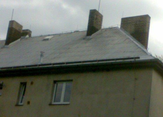 Oprava hliníkové střechy - bytový dům v Bořinách