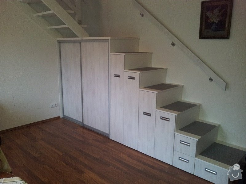 Zhotovení schodů z pochozích skříní: 20131123_101126