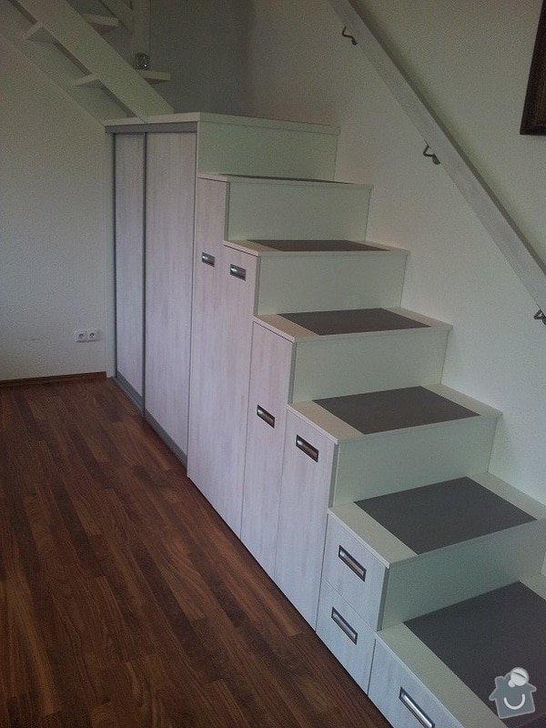Zhotovení schodů z pochozích skříní: 20131123_101135