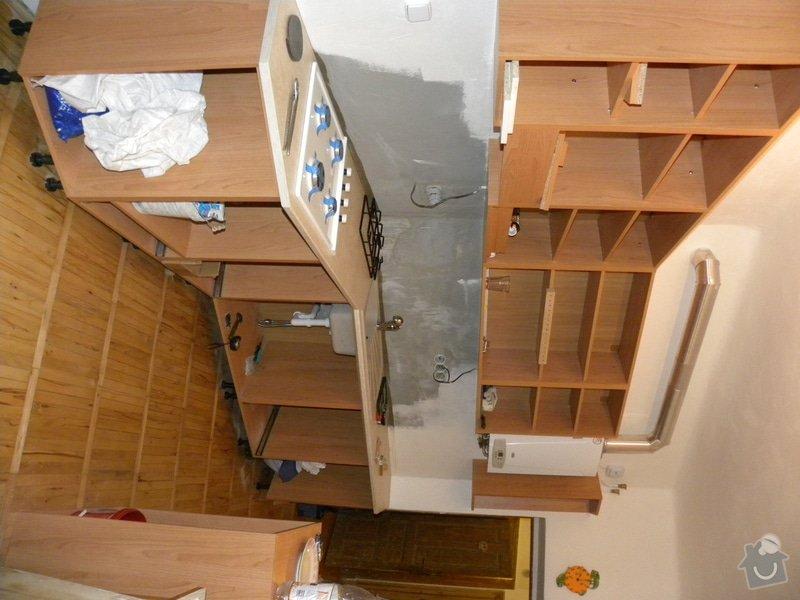 Obklady ke kuchyňské lince, výměna WC a nová dlažba: DSCN2765