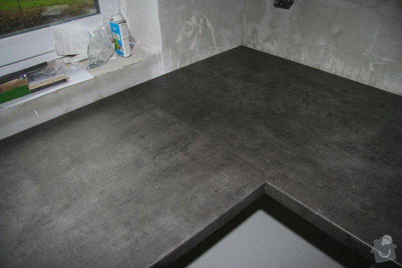 Neviditelný ( frézovaný spoj pracovní desky ): montaz-kuchynske-desky-4-dokonale-spojeni
