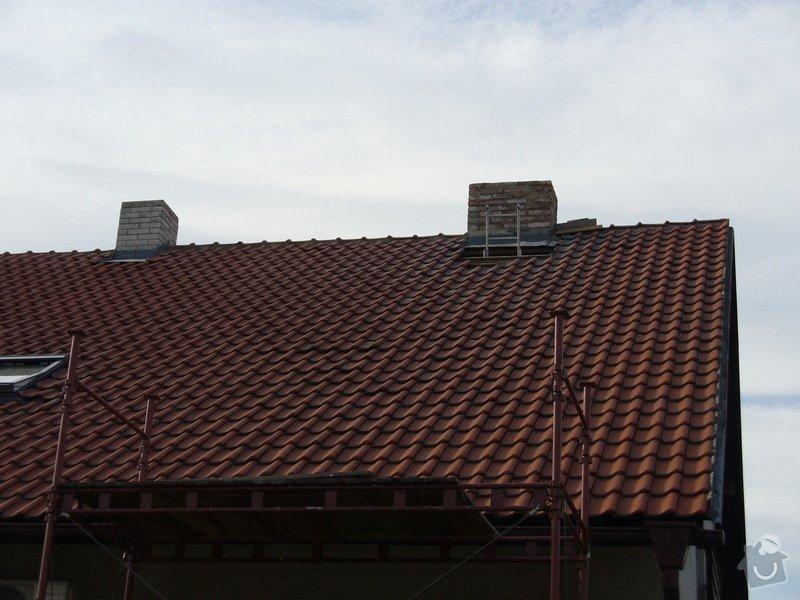 Sádrokartonový podhled na schodišťové chodbě,osazení střešního okna Velux do palubkového podhledu,oprava komínů: Rusek_komin_2