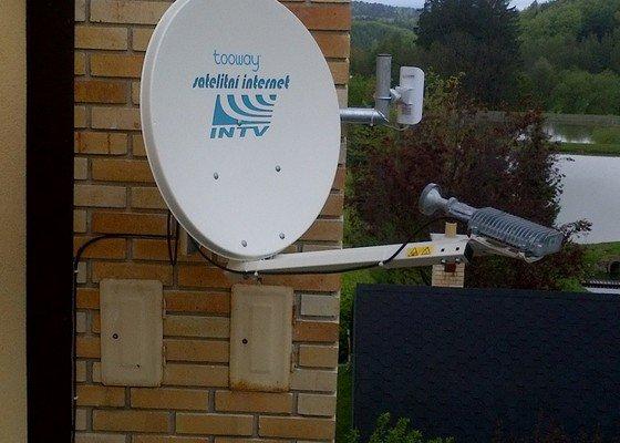 Montáž satelitního internetu včetně pokrytí budov wifi signálem