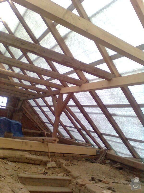 Rekonstrukce střechy - vazby, stavba komínů: Obraz0546