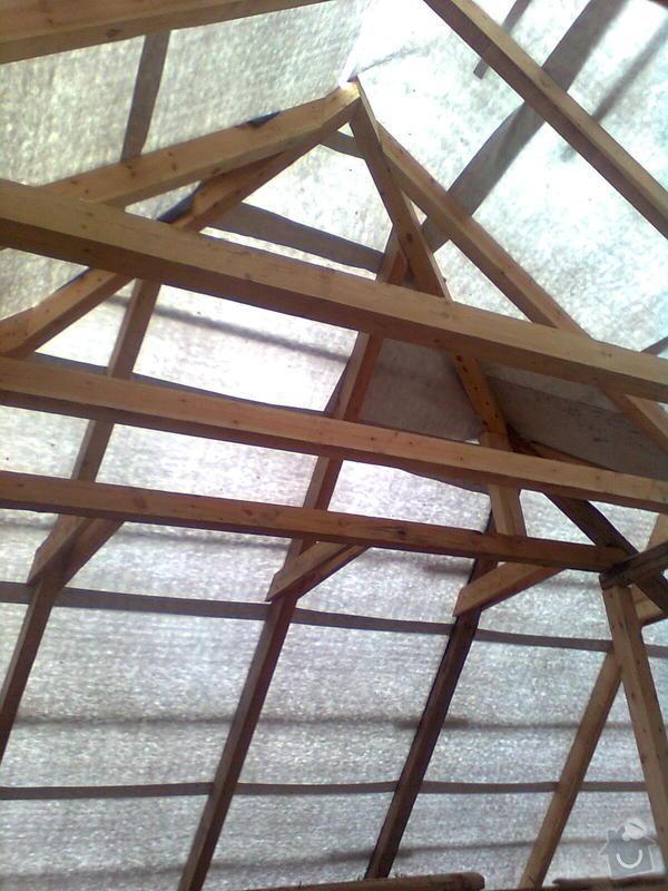 Rekonstrukce střechy - vazby, stavba komínů: Obraz0547