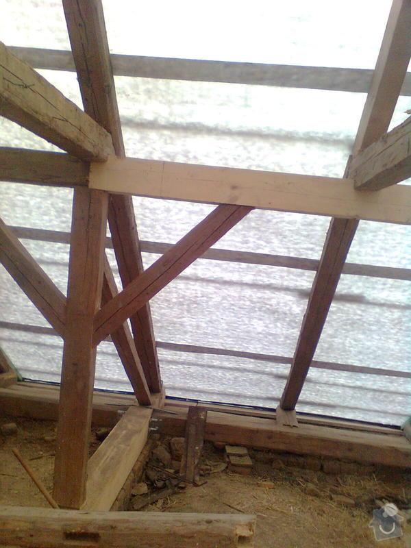 Rekonstrukce střechy - vazby, stavba komínů: Obraz0553