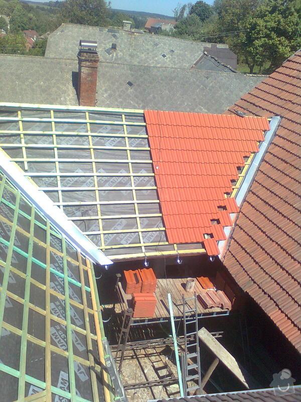 Rekonstrukce střechy - vazby, stavba komínů: Obraz0562