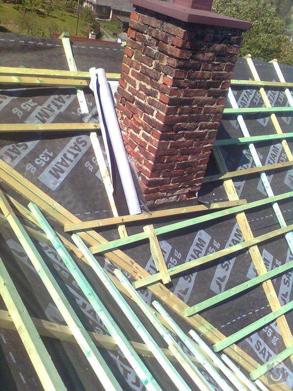 Rekonstrukce střechy - vazby, stavba komínů: Obraz0565