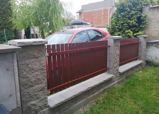 Střecha na zahradní domek + plot