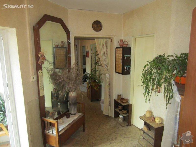Návrh interiéru celého bytu: pred_rekonstrukci_-_chodba_II.