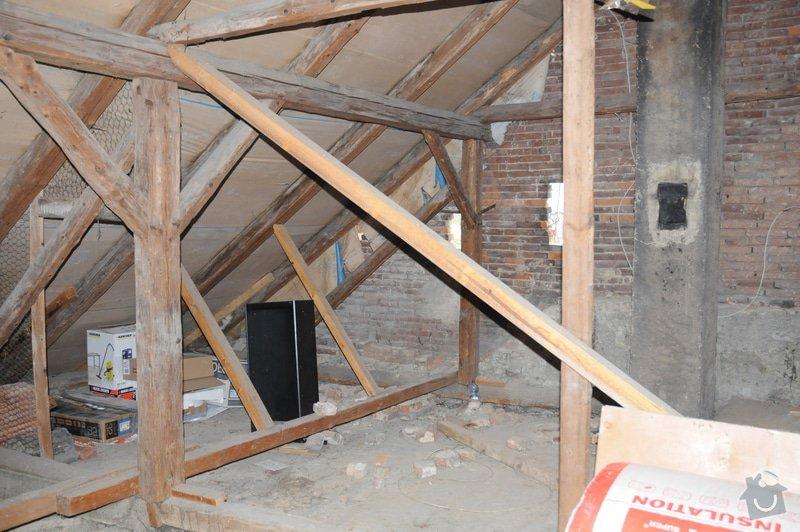 Kontrola krovu / trámů střechy: DSC_1389