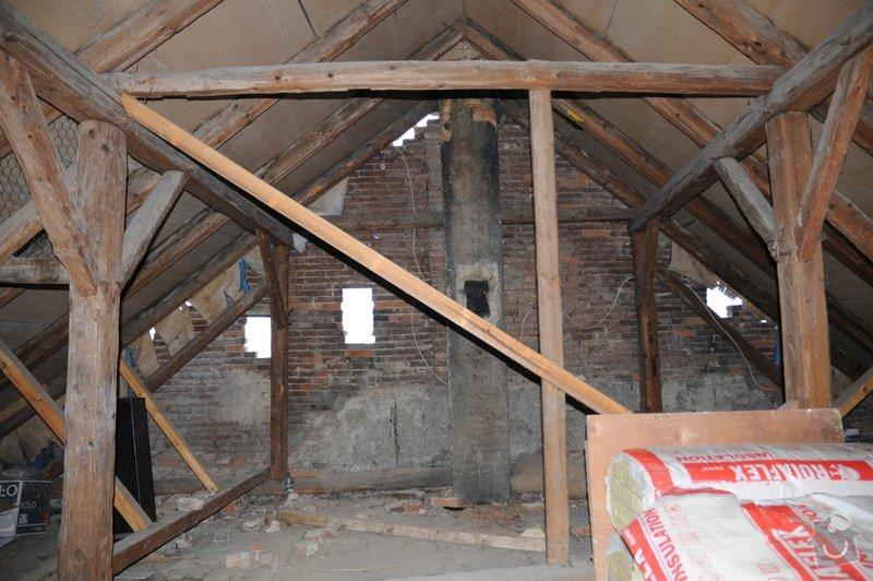 Kontrola krovu / trámů střechy: DSC_1390