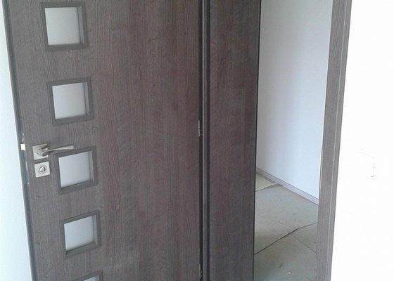 Dodávka a montáž vnitřních dveří a obložkových zárubní vč.kování-byt Levín